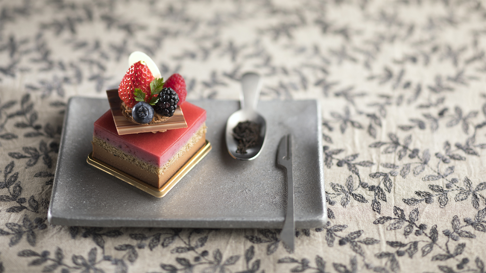 Earl Grey & Mixed Berry Mousse